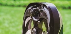 Robomow équipé de lames en acier renforcé